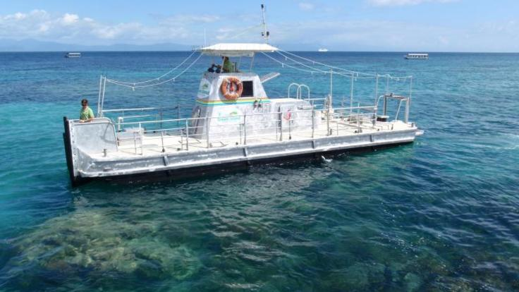 Semi-submersible submarine tour at Green Island and the Great Barrier Reef