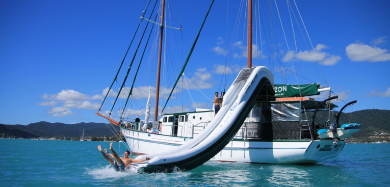 Sailing, snorkel and dive the Whitsundays