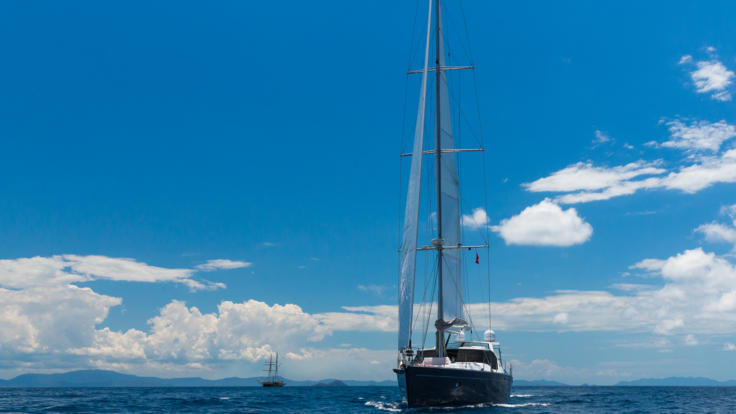 Sailing the blue Whitsunday waters in style.