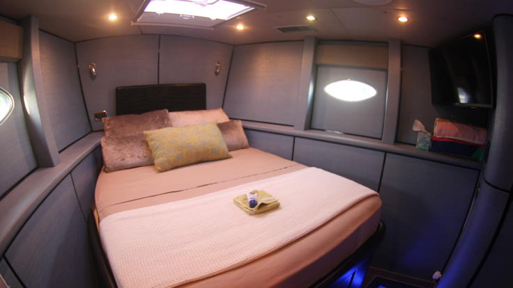 Double cabin on board this luxury boat in the Whitsundays