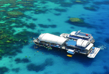 Outer Barrier Reef Pontoon - Platform Cairns