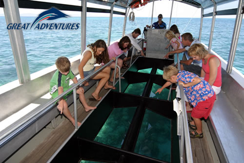 Glass bottom boat tour, Green Island