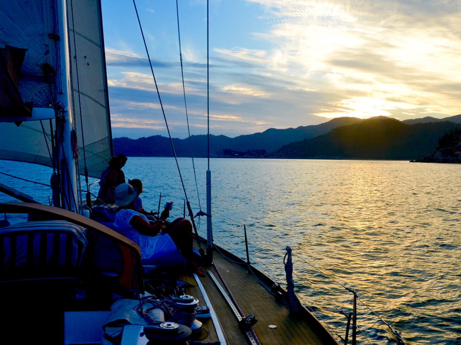 Magnetic Island Sunset Sail, Townsville