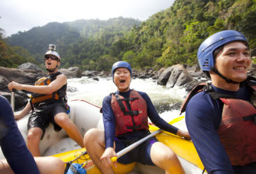 Trilling white water rafting on the Barron River